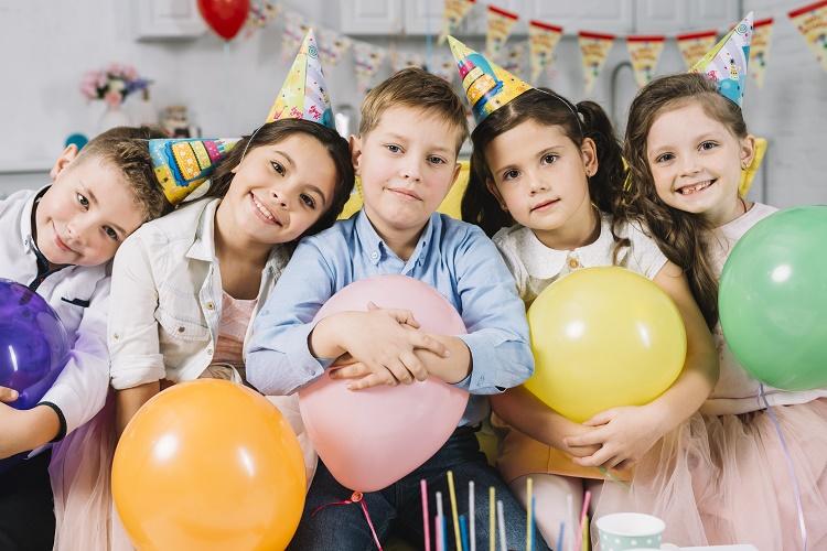 ایده هایی برای تولد کودکان +قصه شب