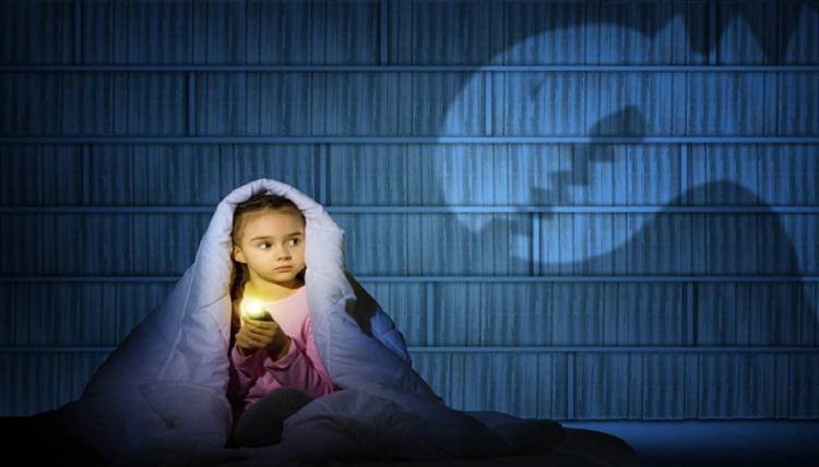 انواع ترس در کودکان + قصه شب