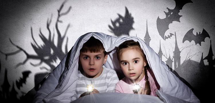 انواع ترس در کودکان و روش های کنترل آن + قصه شب