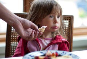 بی اشتهایی کودکان و روش های درمان آن + قصه صوتی
