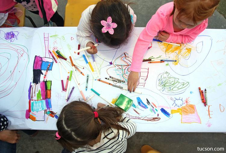 نقاشی کودک و افزایش مهارت های آن+ قصه کودکانه