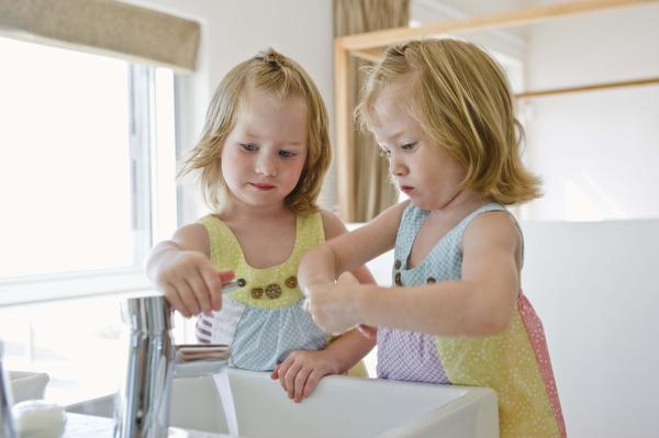 لزوم رعایت بهداشت و نظافت در کودکان