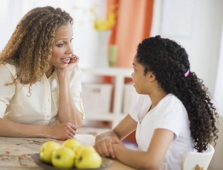 مهارت گوش دادن در کودکان+ قصه کودکانه