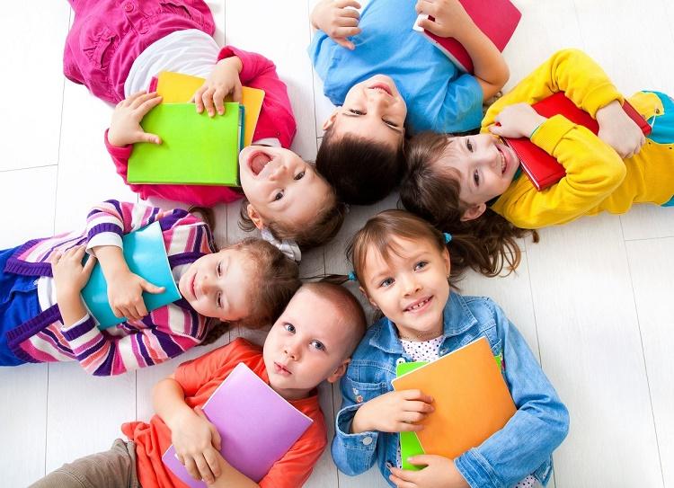 مهارت شاد بودن در کودکان + قصه صوتی